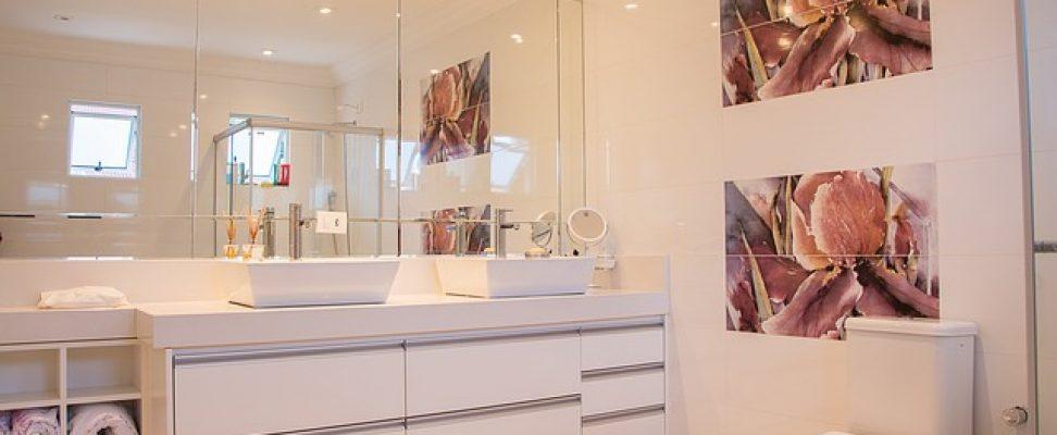 Bathroom 1622403_640